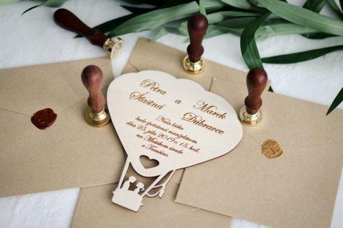 drevené svadobné oznámenia