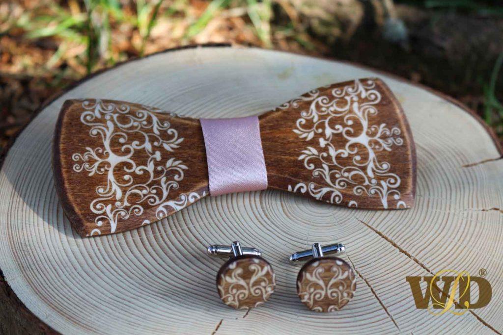 pánsky drevený motýlik