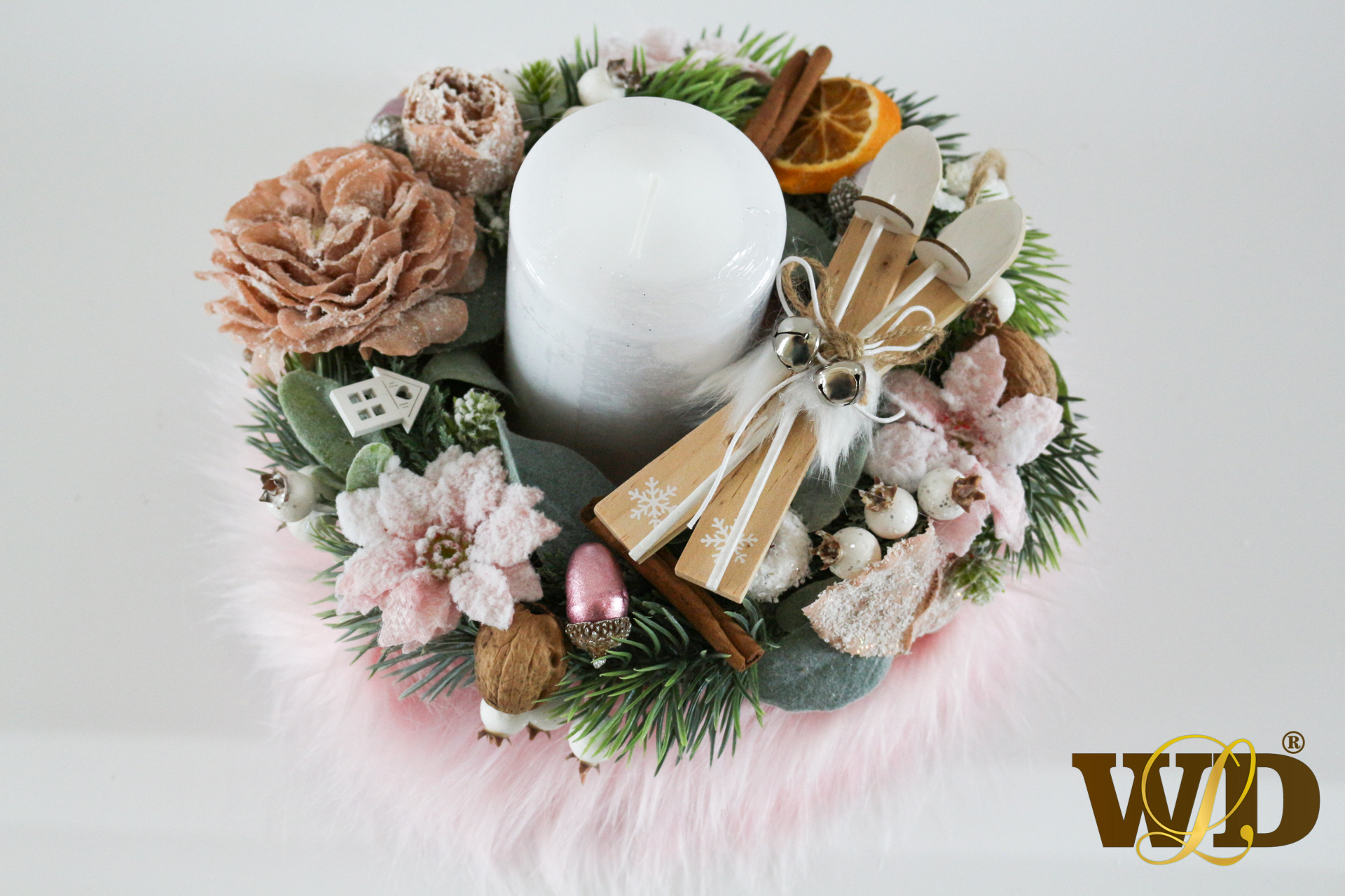 ružový vianočný veniec